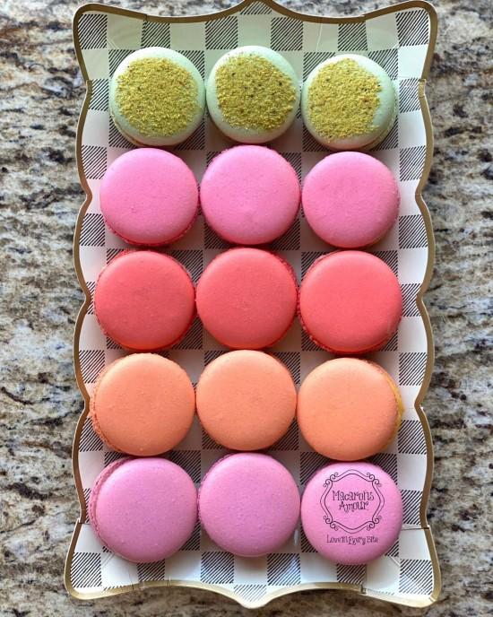 Custom Macaron Dozen